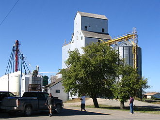 Hartney - Hartney's grain elevator