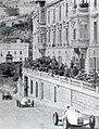 Grand Prix de Monaco 1935, Fagioli dans la côte de La Condamine, devant son coéquipier Caracciola.jpg