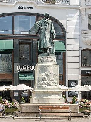 Gutenbergdenkmal_Lugeck.jpg