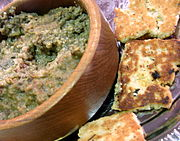 Haggis spread with oat cakes in the U.S.