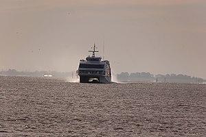 Halunder Jet (ship, 2003) 2011-by-RaBoe-05.jpg