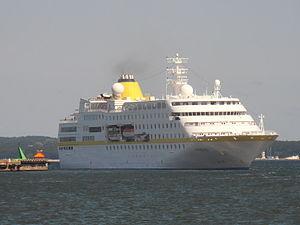 Hamburg Starboard Side Tallinn 13 August 2012.JPG