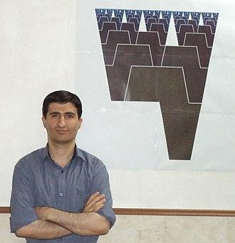 Hamid Naderi Yeganeh - Naderi Yeganeh and a digital print of his fractal