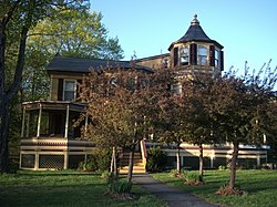 Harry Fischel House May 11.jpg