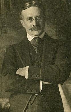 Harry Gordon Selfridge circa 1910.jpg