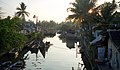 Hazy morning in Cochin (4822207491).jpg