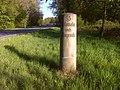 Heinersreuth, Bayrische Kilometersäule an der B 85.jpg