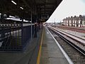 Herne Hill stn southbound platform 4 look north.JPG
