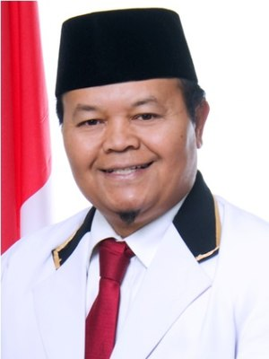 Hidayat Nur Wahid - Hidayat Nur Wahid in PKS official color