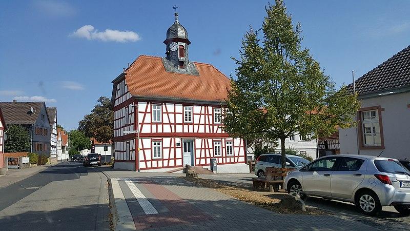 File:Himbach Rathaus.jpg