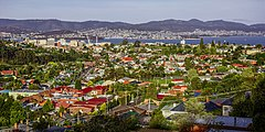 Hobart seen from the east.jpg