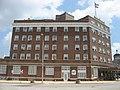 Hotel LaFontaine in Huntington.jpg
