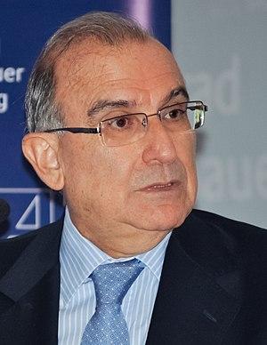 Humberto De la Calle - Humberto de La Calle in December 2013