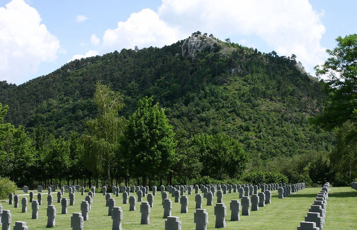 Huszonnégyökrös-hegy – Wikipédia 0aa0f000e4