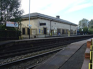 Huyton railway station - Image: Huyton Station, 2008 geograph.org.uk 1000463