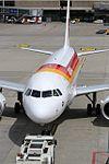 Iberia Airbus A319-111 EC-LEI (29808493761).jpg