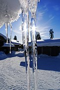 Icicles (16871016732).jpg
