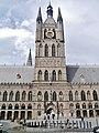 Ieper Lakenhal Turm 1.jpg