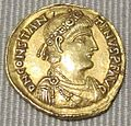 Impero d'occidente, costantino III, solido in oro (lione), 407-408.JPG