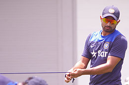 Indian Cricket team training SCG 2015 (16007161637).jpg