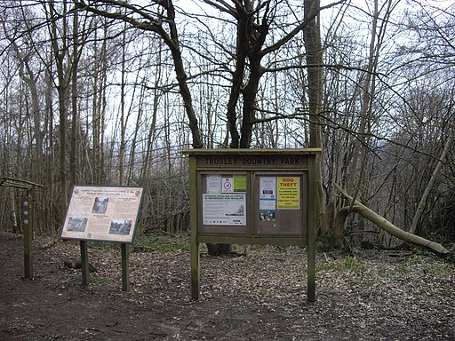 Information boards in Trosley Country Park - geograph.org.uk - 1752020