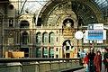 Interieur antwerpen centraal trein station.jpg