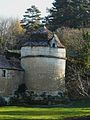Jaure château pigeonnier.JPG