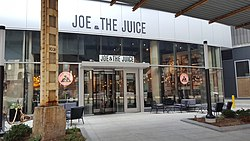 Joe & The Juice in River North, Chicago, Illinois.jpg