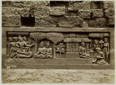 KITLV 28067 - Kassian Céphas - Relief of the hidden base of Borobudur - 1890-1891.tif