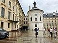 Kaple Svatého Kříže, Pražský Hrad, Hradčany, Praha, Hlavní Město Praha, Česká Republika (48791982841).jpg