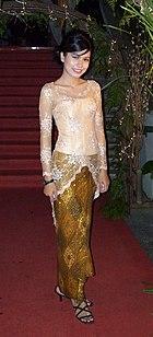 10 Gambar Model Baju Muslim Kebaya Wisuda Desain Terbaru