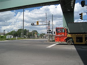 Kenilworth Avenue (Hamilton, Ontario) - Kenilworth North, leading into Dofasco