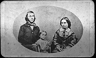 William Cutfield King - King with his wife and daughter