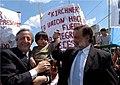 Kirchner y Bielsa recorren obras de viviendas en Barrio Zavaleta (01).jpg