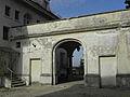 Klosterneuburg - Rostock-Villa - Mauer im Hof.jpg