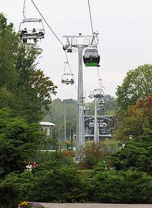 https://upload.wikimedia.org/wikipedia/commons/thumb/5/5c/Kolejka_linowa_Elka_Park_%C5%9Al%C4%85ski_Chorz%C3%B3w_Katowice_2013%2C_Tomasz_Ibrom%2C_2.jpg/220px-Kolejka_linowa_Elka_Park_%C5%9Al%C4%85ski_Chorz%C3%B3w_Katowice_2013%2C_Tomasz_Ibrom%2C_2.jpg