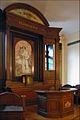 L'autel de la chapelle de l'Humanité (Paris).jpg