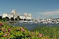 La Marina du Vieux Port et les silos.jpg