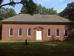 Lamb's Creek Church, King George County.jpg