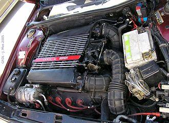 Lancia Thema - Image: Lancia thema 8.32 engine