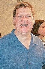 Lee Strobel (cropped).jpg