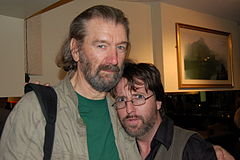 Clive Russell (z lewej)