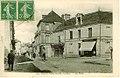 Les Trois-Moutiers - La Place 02.jpg