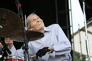 "Levon Helm at ""life is Good Festival"" in 2011.jpg"