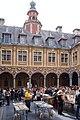 Lille WLM2016 cour intérieure de la Vieille Bourse (6).jpg