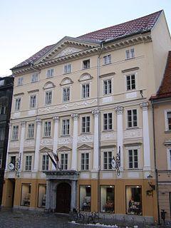 Rezultat iskanja slik za souvanova hiša mestni trg ljubljana
