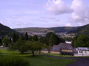 Llwynypia - Looking south over Llwynypia from the Llwynypia Hospital