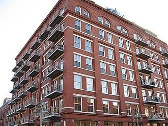 Historic Third Ward, Milwaukee - Image: Lofts in the Third Ward, Milwaukee