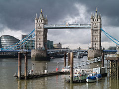 London 2010 Tower Bridge.jpg
