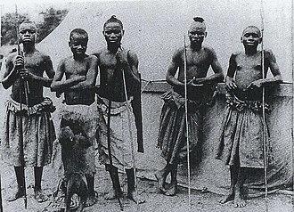 Ota Benga - Benga (second from left) and the Batwa in St. Louis